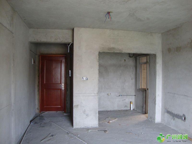 原来的厨房打掉,变成劳动鞋柜,扩大了客厅,我们一直都嫌客厅太高清图片